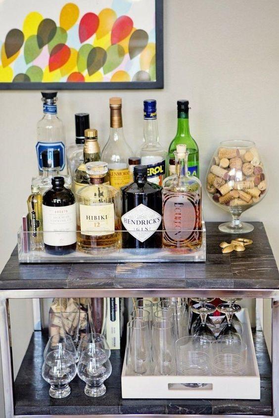 Bar com tudo que precisa.