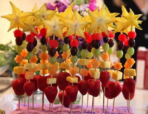 Frutas deixam alegre a mesa.
